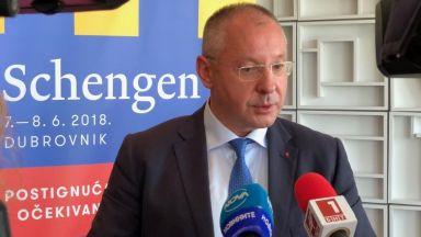 Станишев готви доклад в ЕП за България в Шенген с всички граници