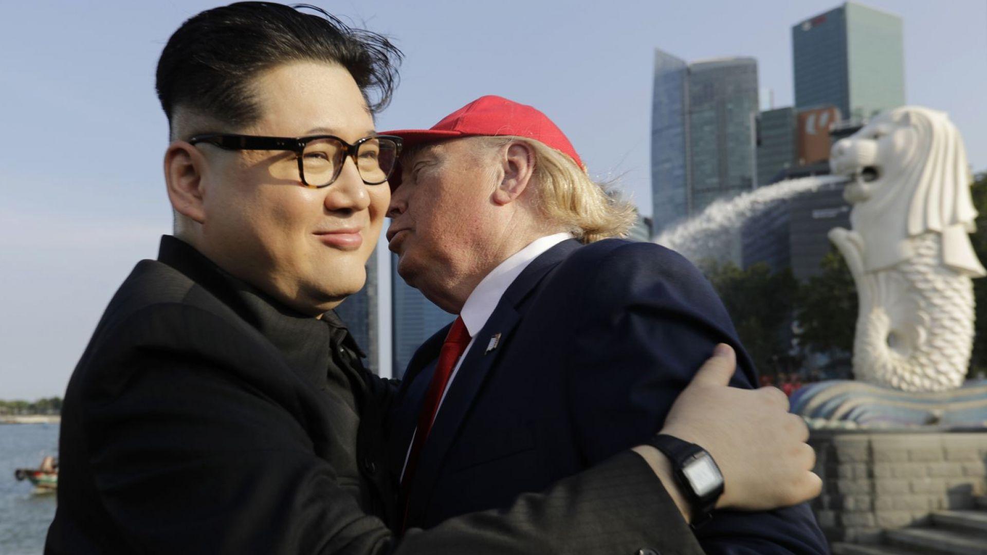 Имитатори на Тръмп и Ким всяха смут в Сингапур