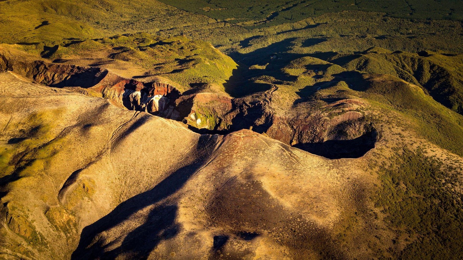 Вулканът Таравера, който преди над 100 г. погреба десетки и Осмото чудо на света