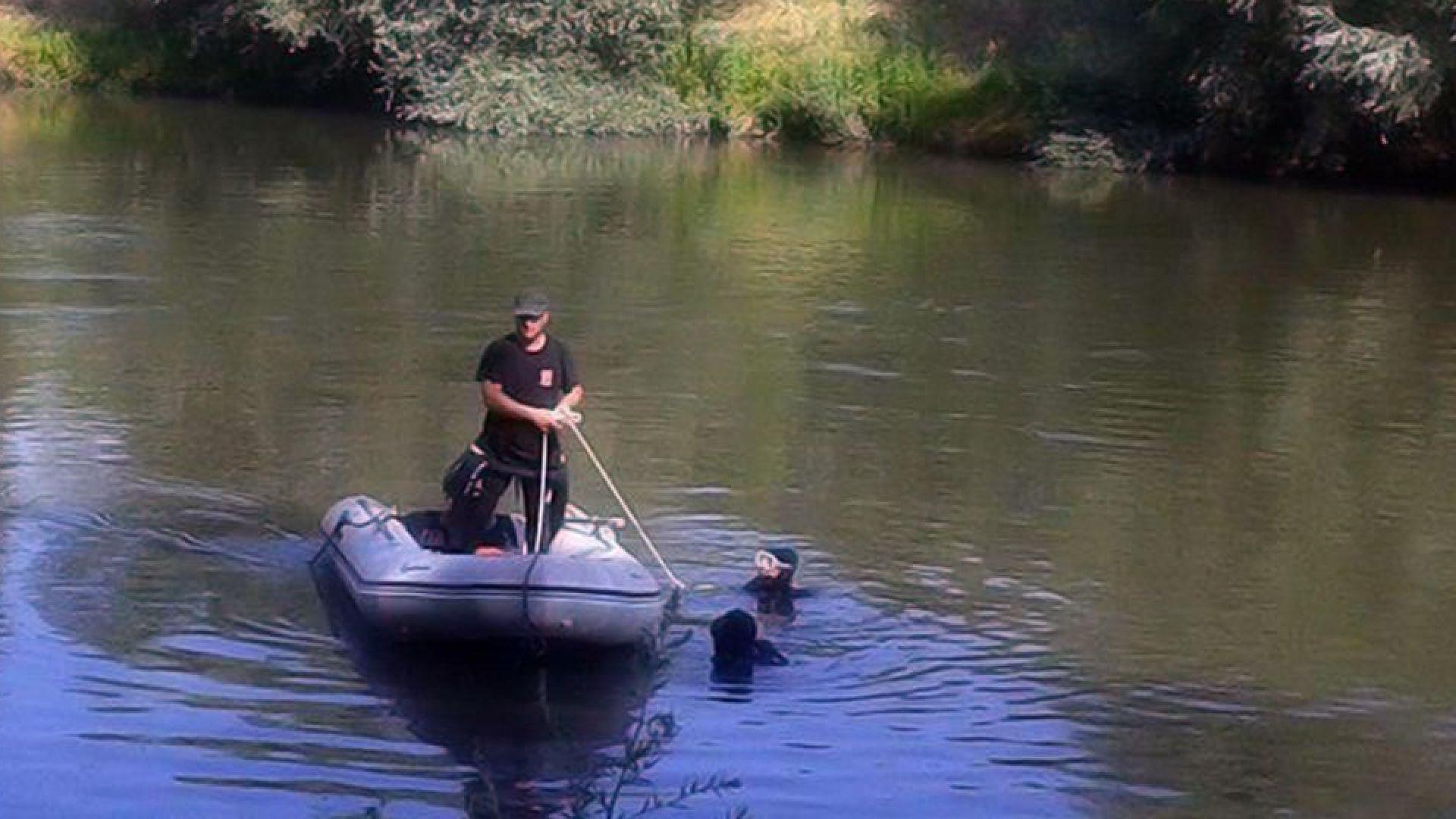Откриха трупа на 37-годишен мъж в река Тунджа