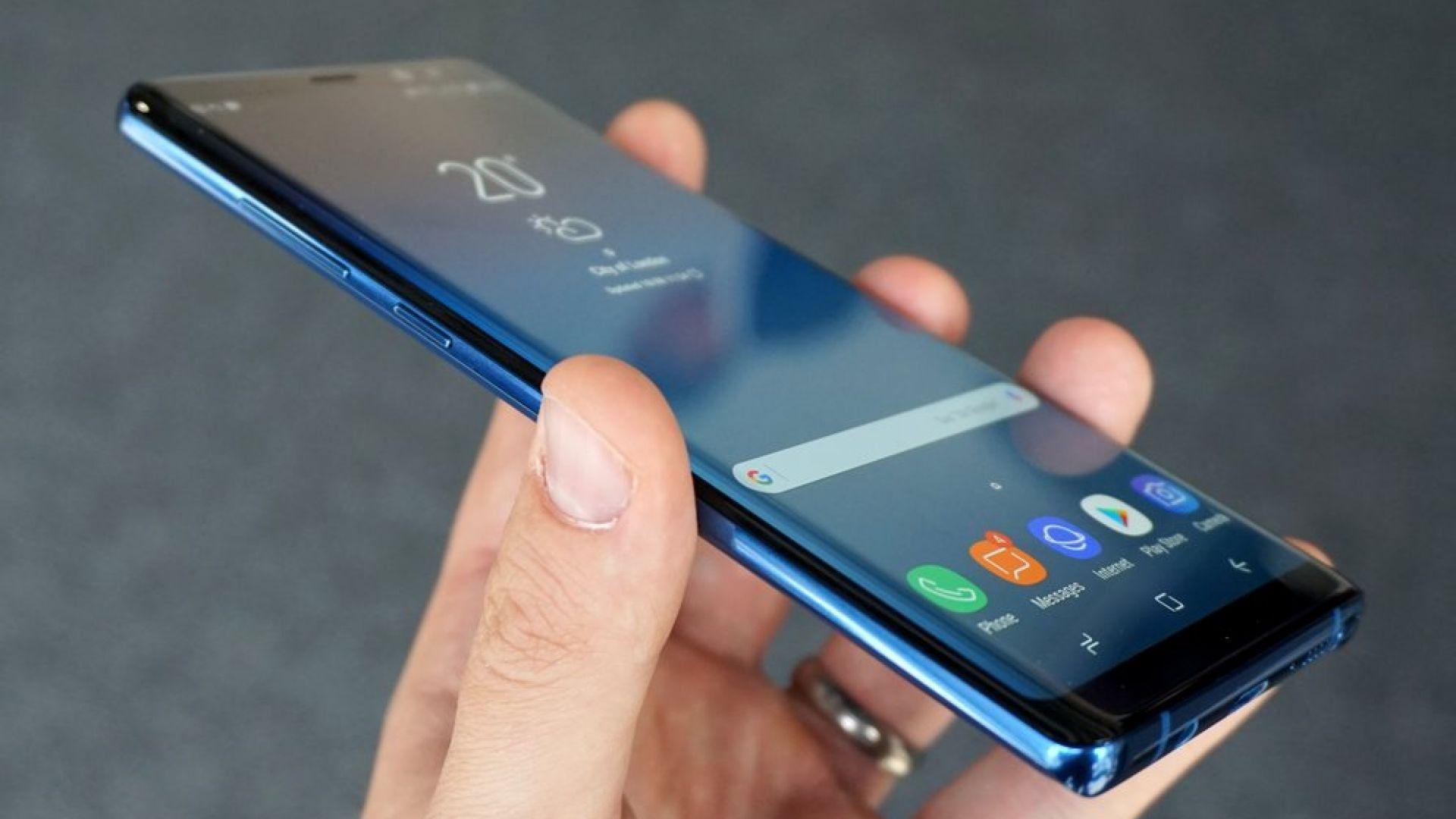 Samsung Galaxy S10 може да има четворна камера