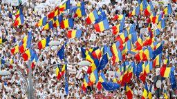 Румънците към властта: Не сме забравили какво направихте миналото лято