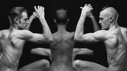 Оливие Валсеки спира времето с човешките си скулптури
