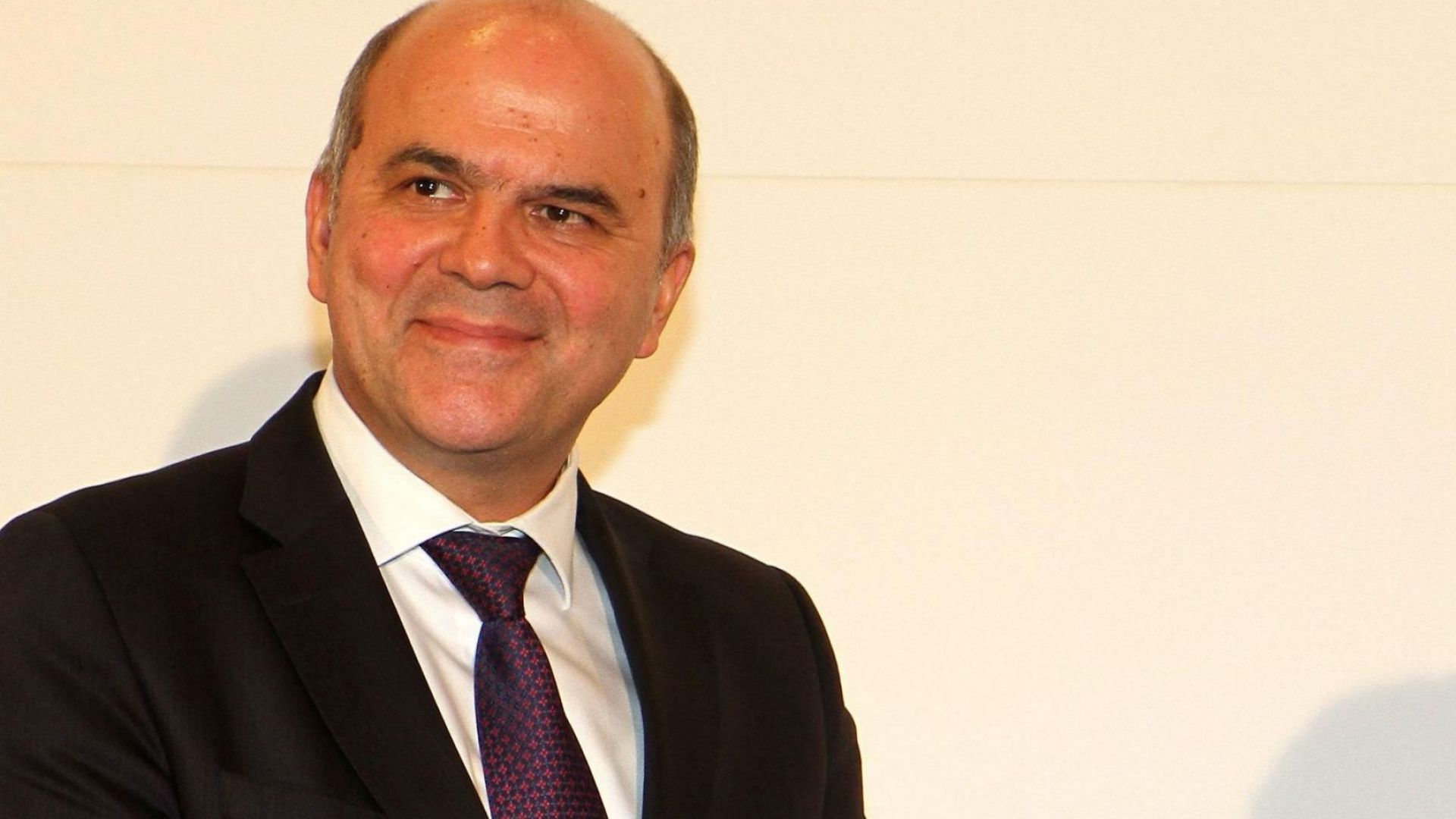 Борисов прие оставката на Бисер Петков
