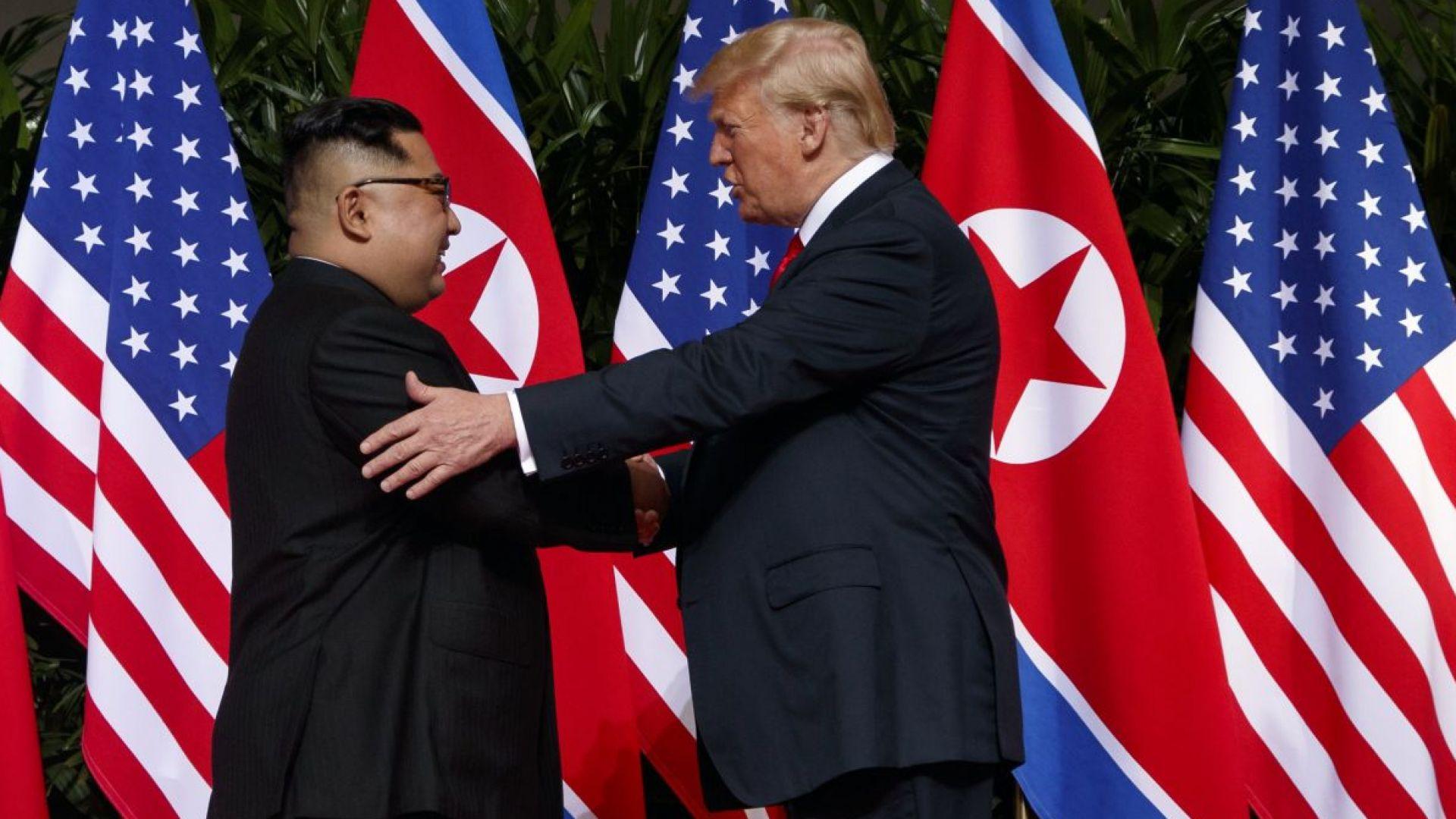 Историческата среща Тръмп - Ким Чен-ун се състоя (снимки, видео)