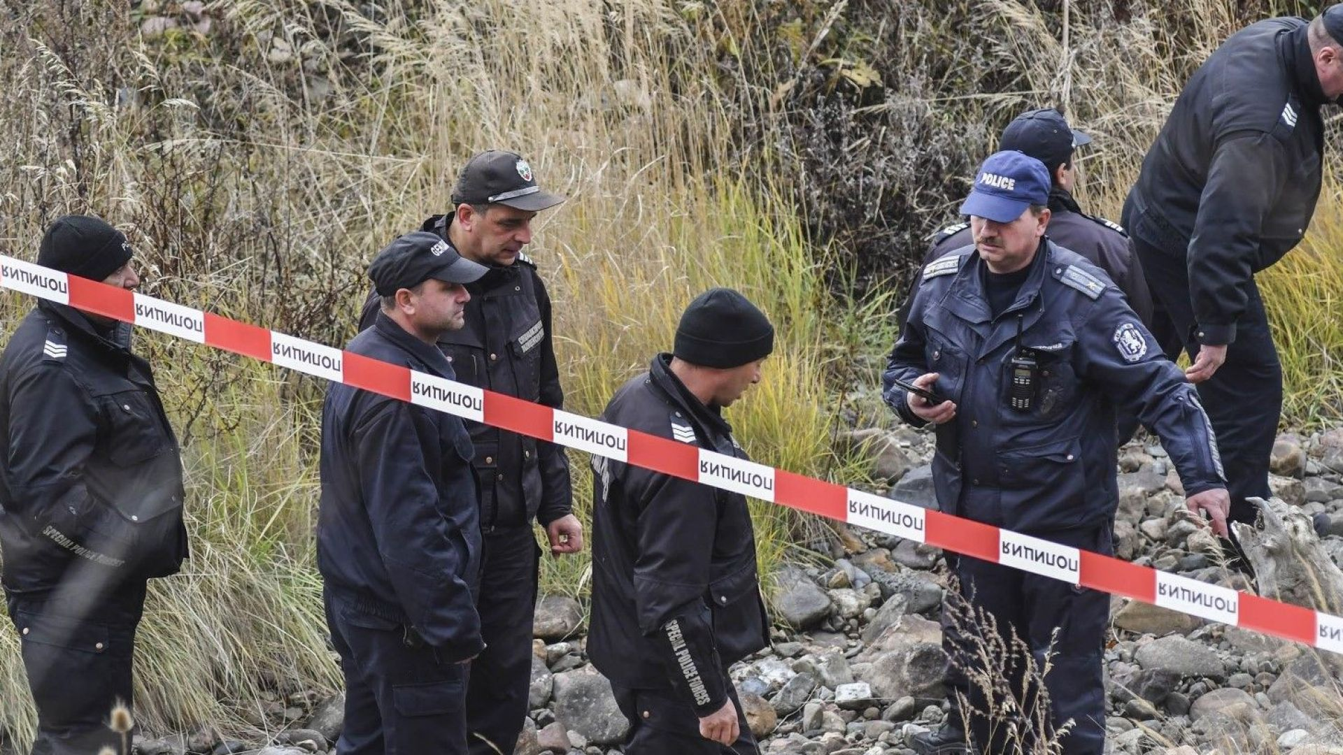 Откриха труп на млад мъж с огнестрелна рана в гърдите в Бургас