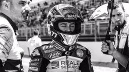 14-годишен мотоциклетен шампион загина на пистата