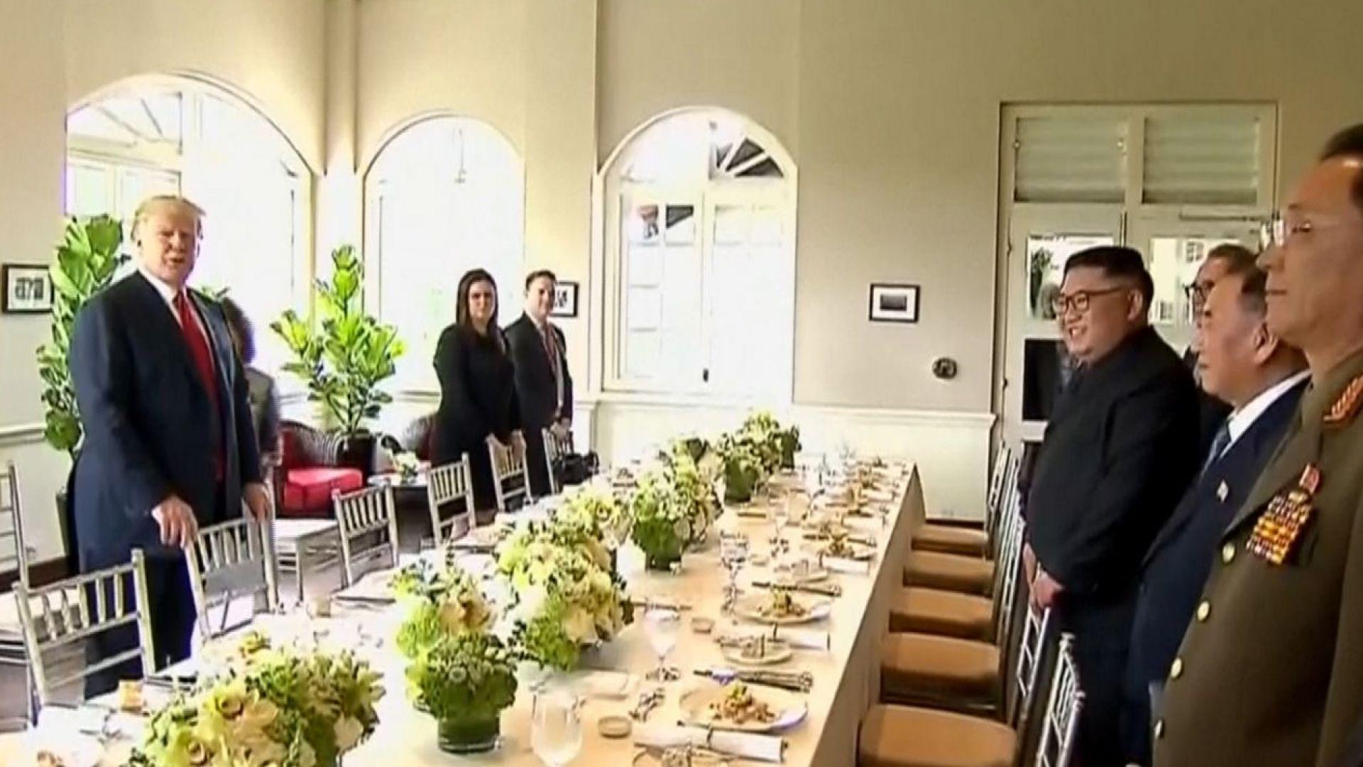 Менюто на Тръмп и Ким на работния им обяд съчетаваше вкусовете на Изтока и Запада