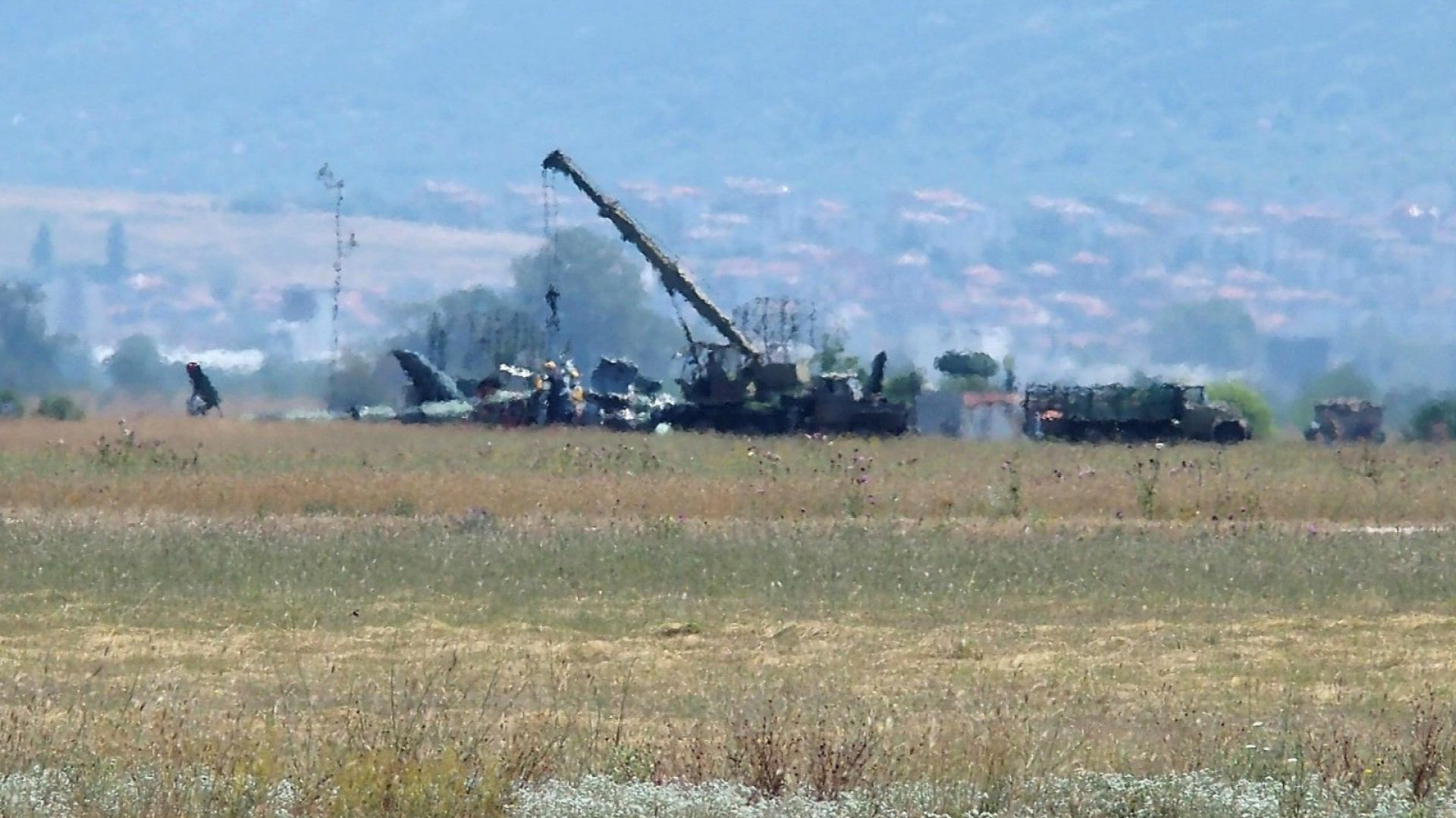Ген.-майор Стойков: Пилотите на Ми-17 са имали само 18 часа нальот