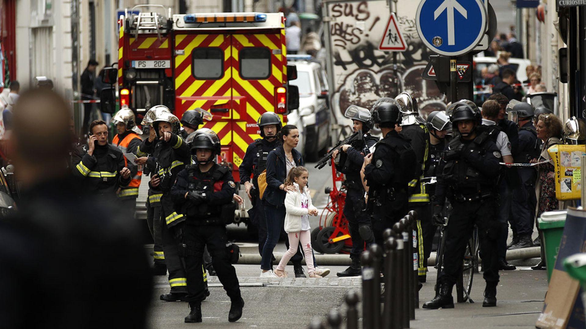 Задържалият заложници в Париж е арестуван, не е терорист
