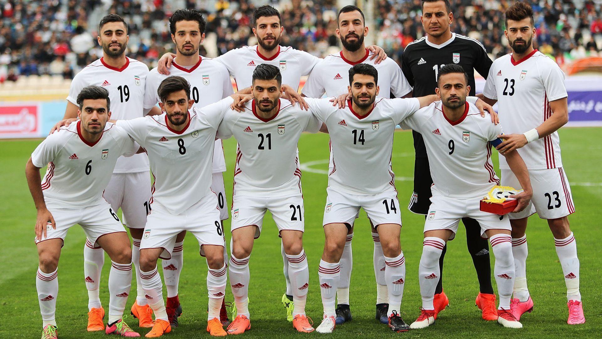 Nike остави иранските играчи без обувки за Мондиала по политически причини