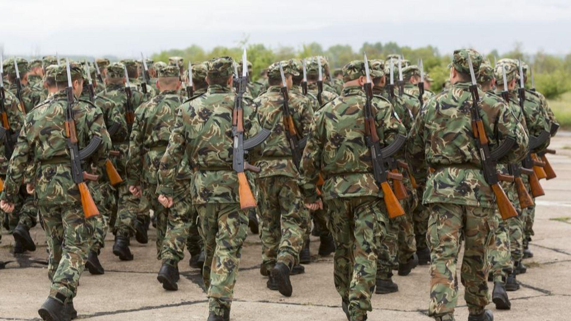 Заплатите на военните по нова формула от 1 януари