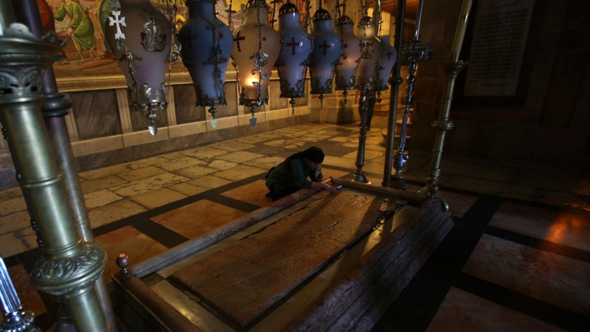 Премиерът ще се поклони на Божи гроб на рождения си ден (снимки)