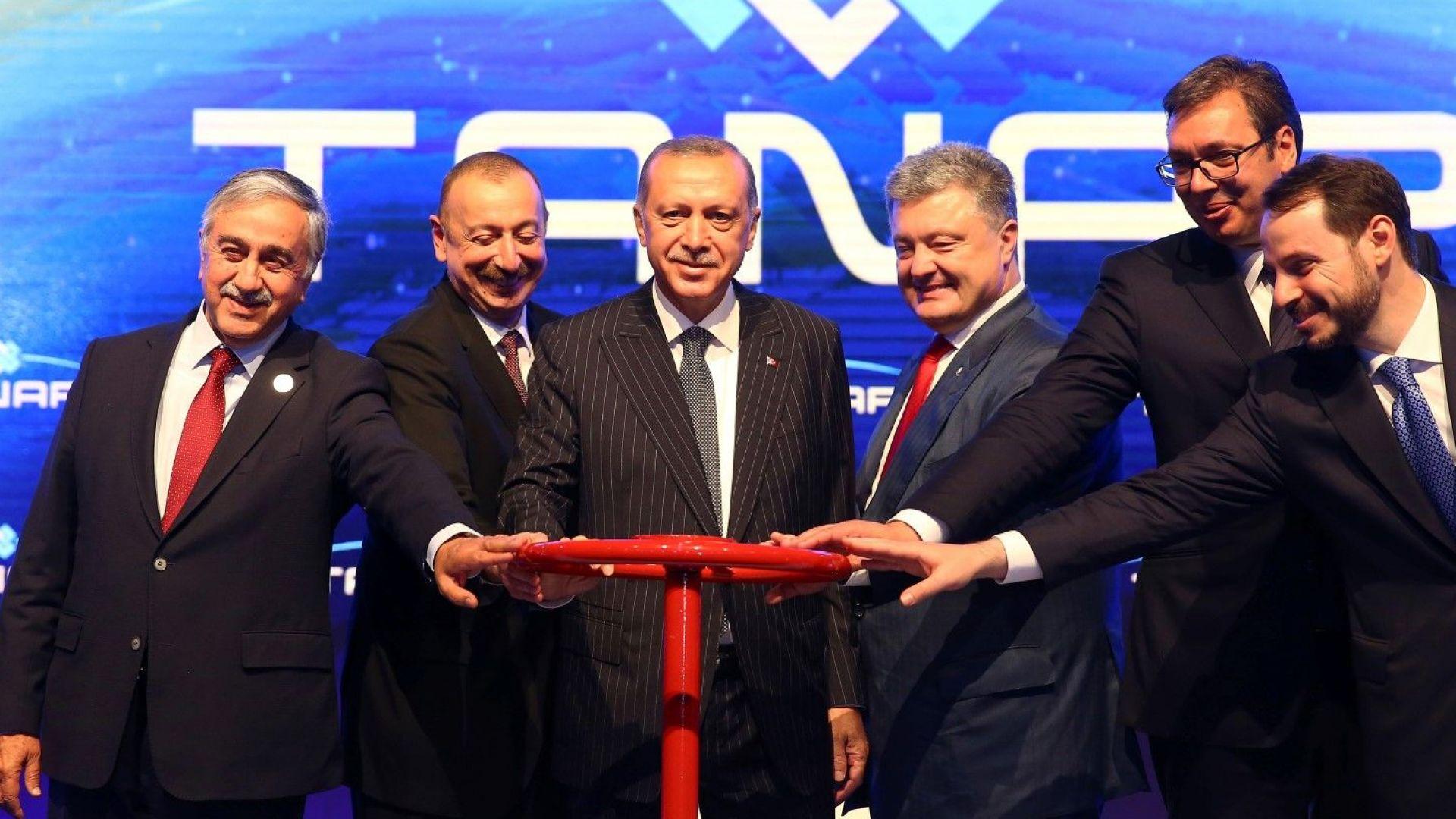 Украйна чака азерски природен газ по трасе през България