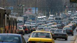 Вносът на коли на старо у нас е блокиран