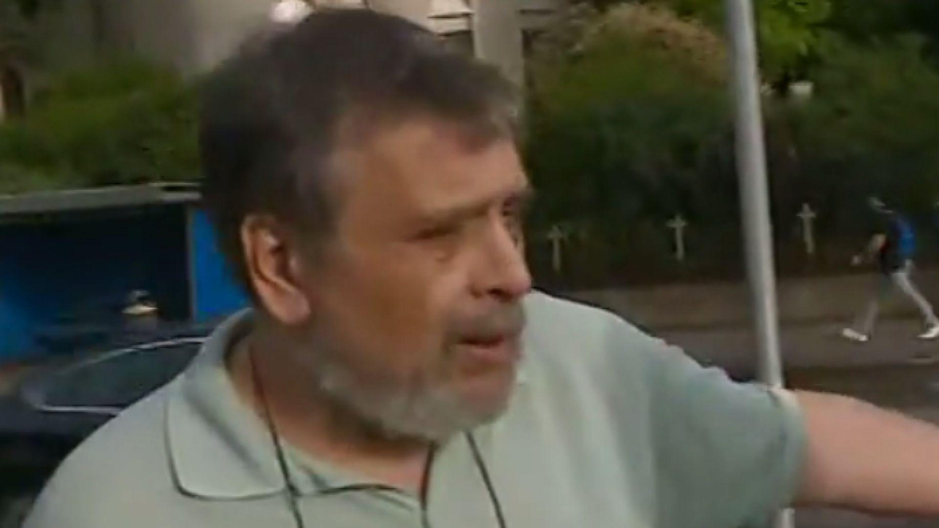 Колоездач удари таксиметров шофьор след спор на пътя