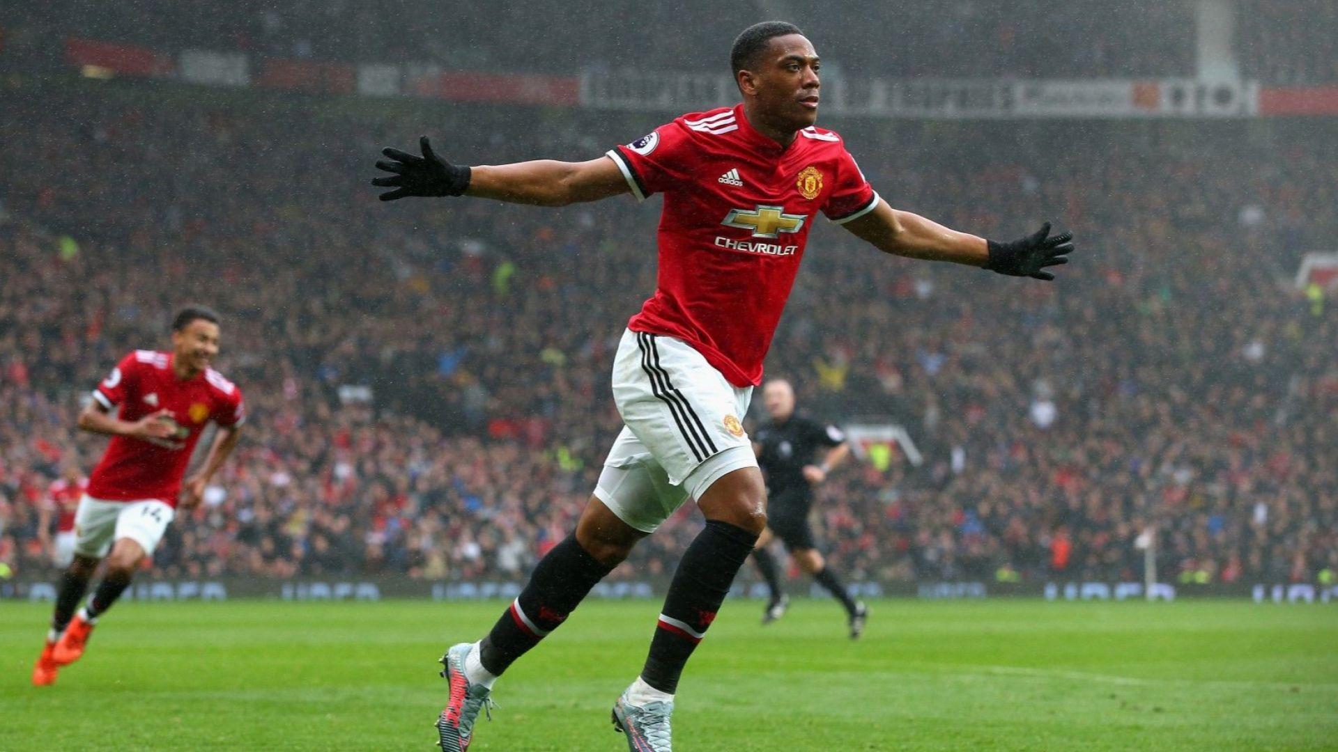 "Звезда на ""Юнайтед"" си тръгва, чакал 8 месеца нов договор"