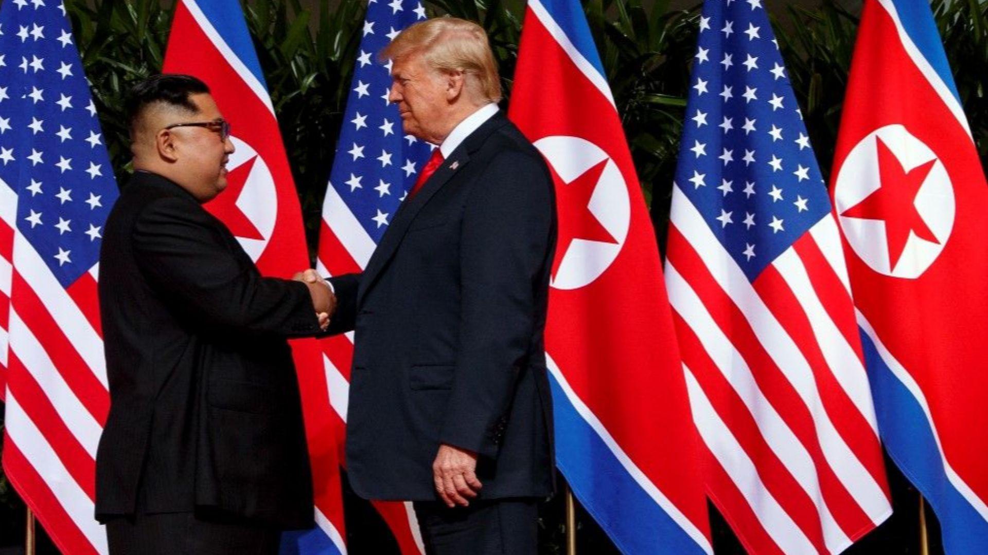 """""""Файненшъл таймс"""": Тръмп руши световния ред, Китай е големият печеливш"""