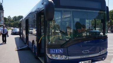 Протестът на превозвачите блокира 40 хил. души