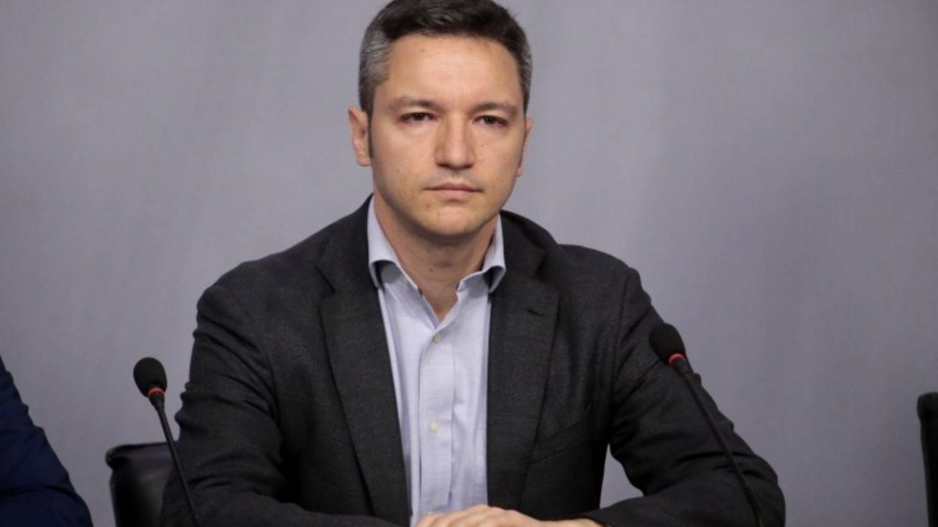 Вигенин: Отказът на Борисов да се срещне с Георге Иванов е намеса във вътрешен спор