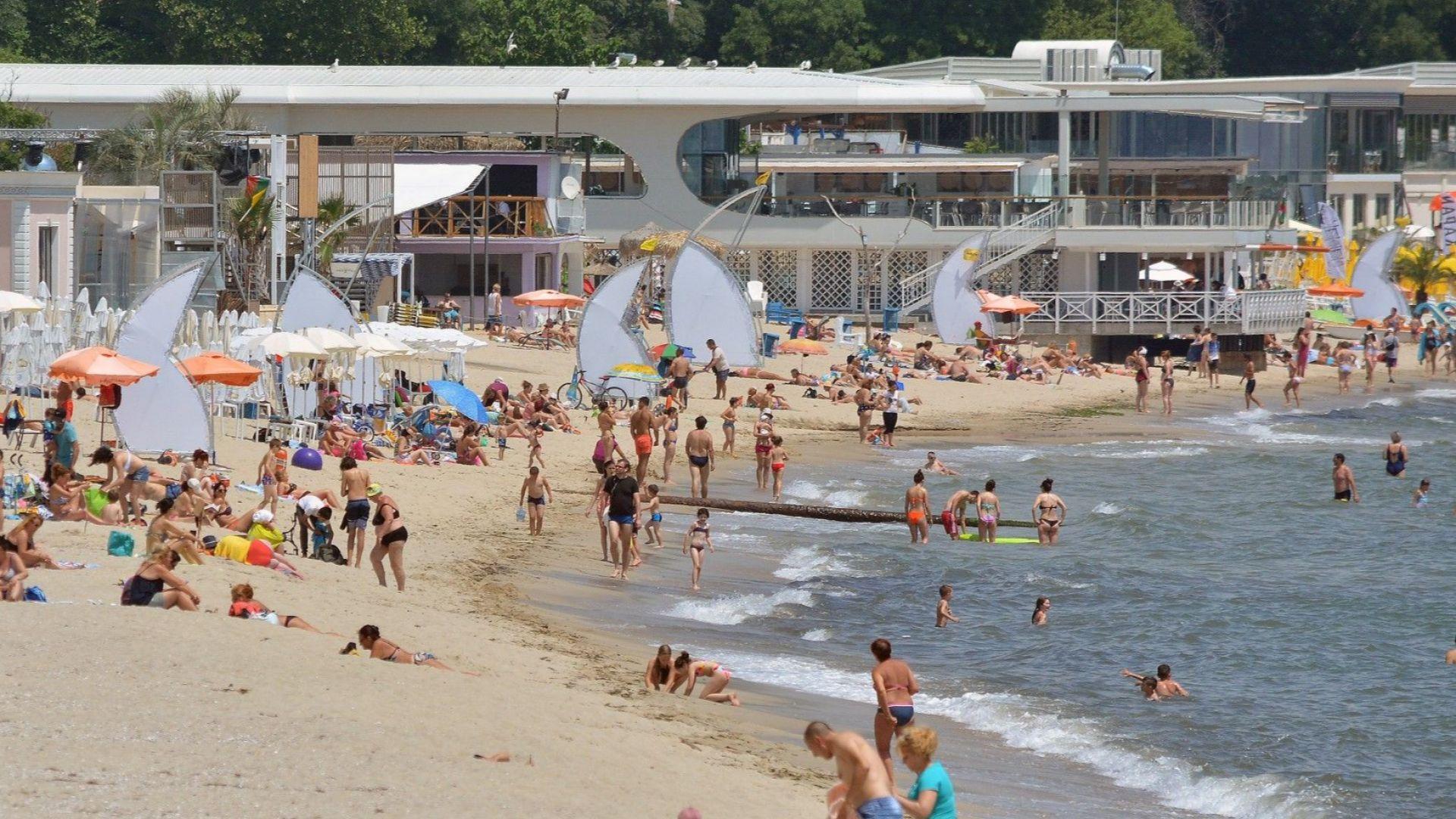 АФИС: Лятната почивка е недостъпна за почти половината българи