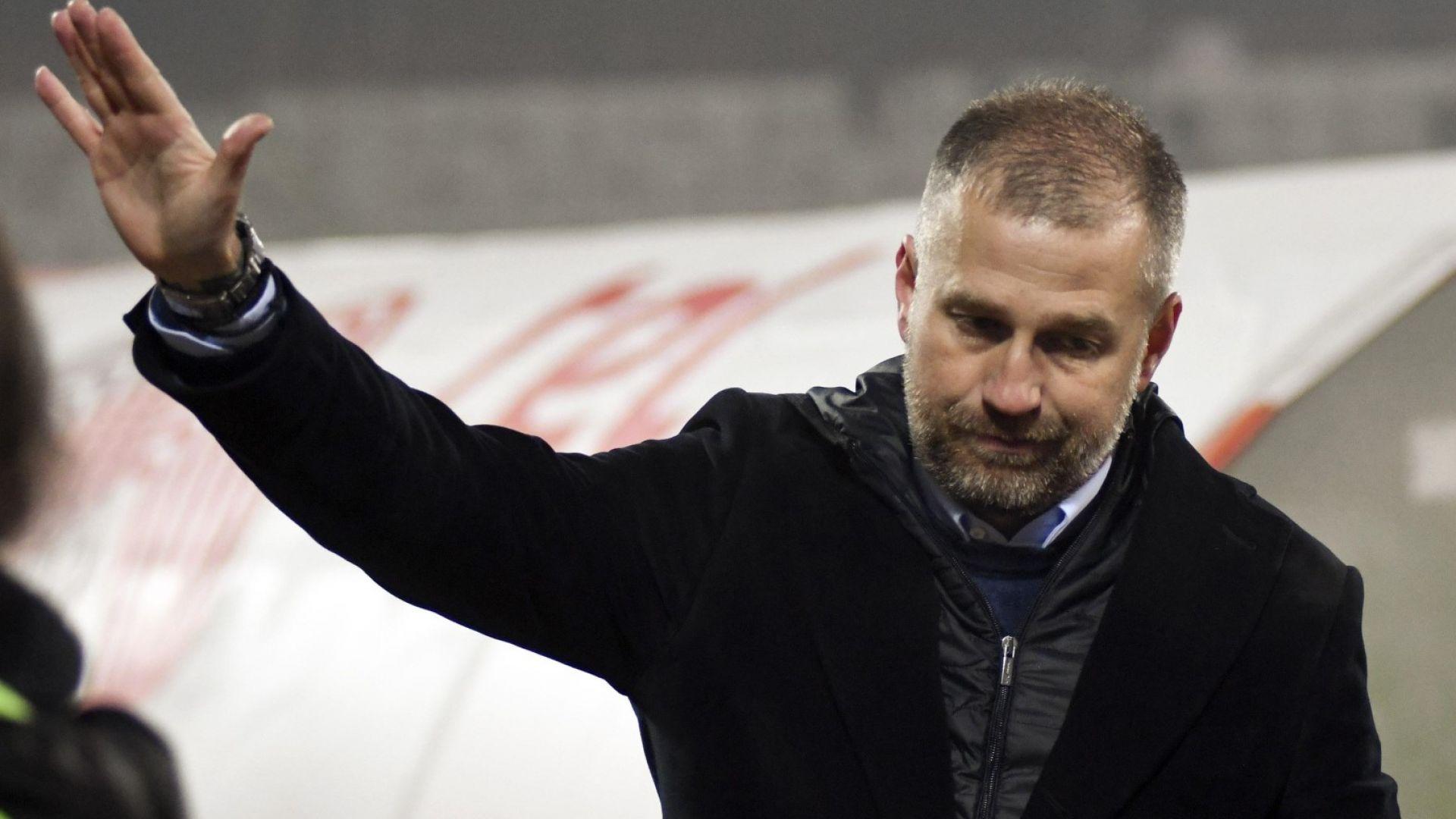Бивш треньор на ЦСКА побесня и извади отбора си от терена