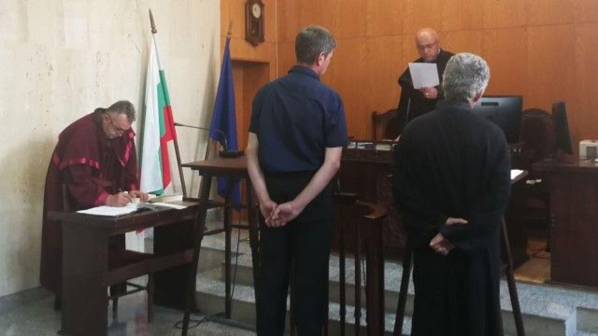 8 месеца затвор за пияния шофьор на автобус с ученици от Златоград