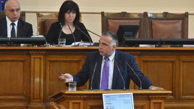 Кутев: МВР шефът не знае къде се намира и не иска да се научи