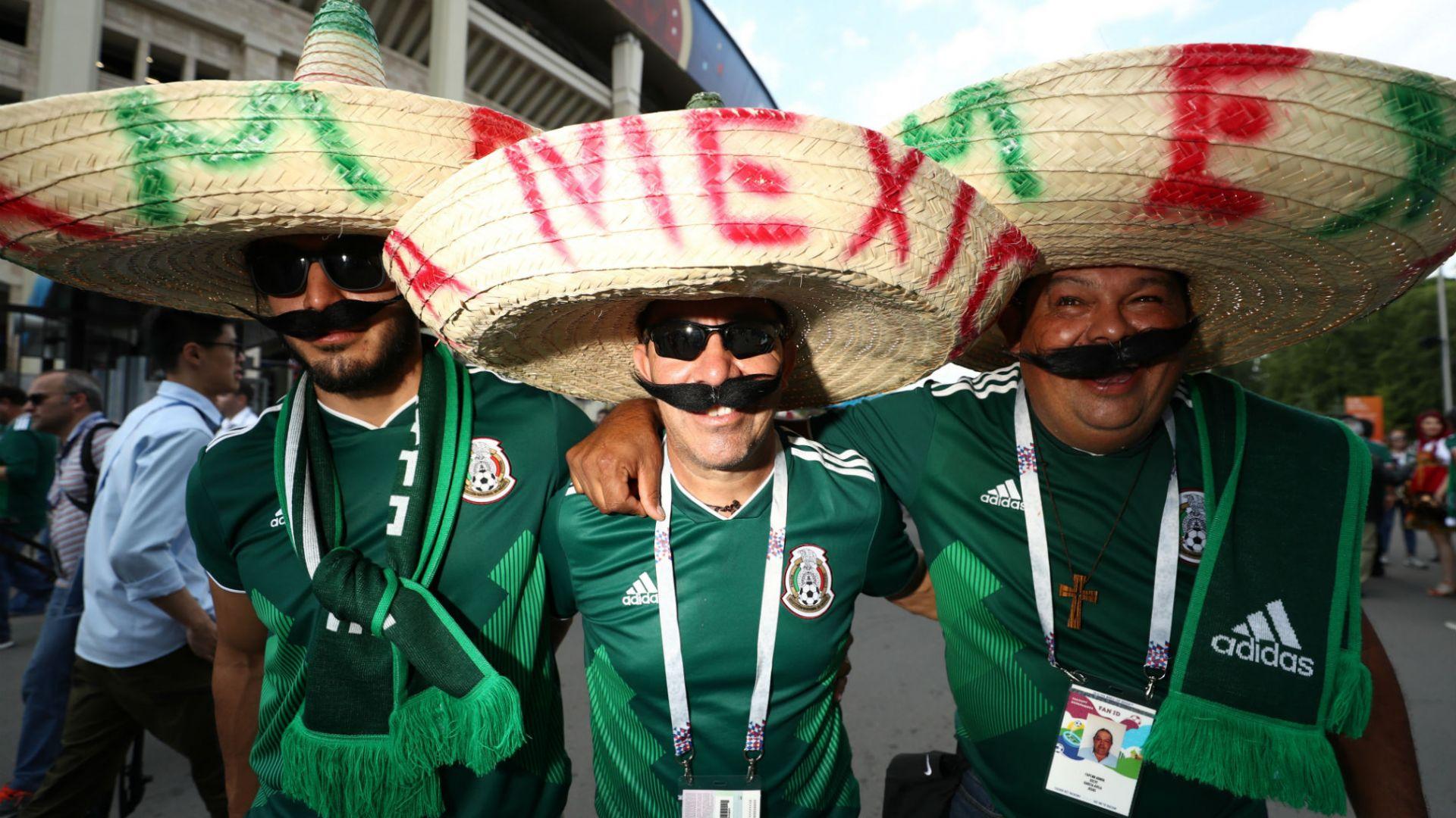 В САЩ се уплашиха от феновете на Мексико и хомофобските им скандирания