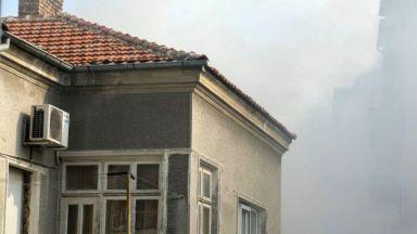 Мъж загина при пожар в центъра на Варна