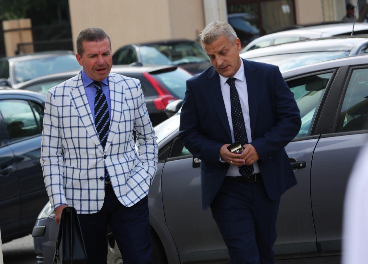 Адвокат Менков Менков защитава бившия здравен министър