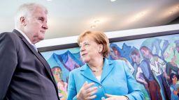 Германското правителство може да се разцепи заради бежанците