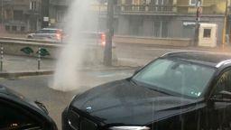 Потоп в София, метростанцията до НДК е наводнена (видео)