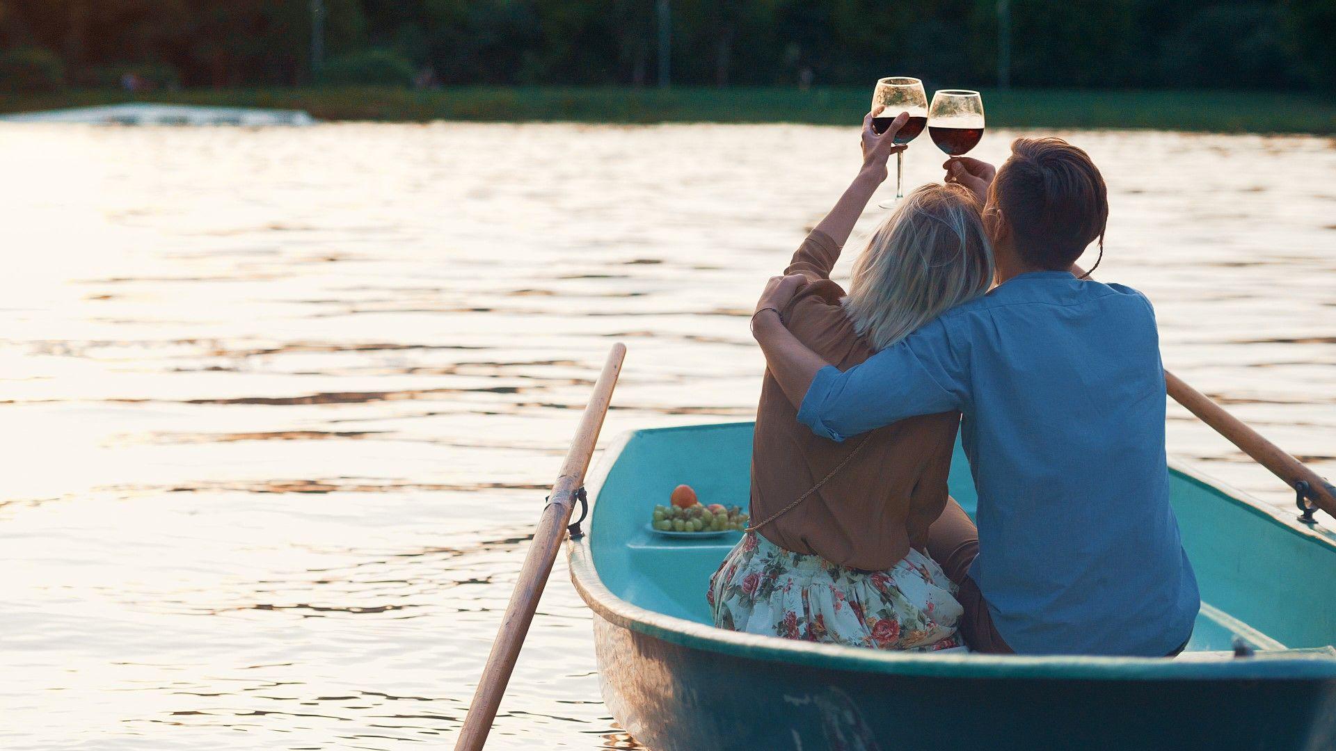 Разходките, сексът и виното карат хората да се чувстват млади