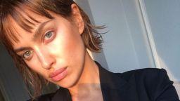 Ирина Шейк с изненадваща нова прическа (снимки)