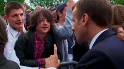 """Макрон нахока тийнейджър: Наричай ме """"Г-н Президент"""""""