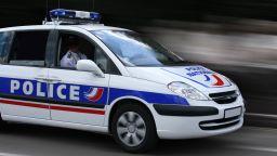 Задържаха брат на нападателя от Страсбург за въоръжен грабеж