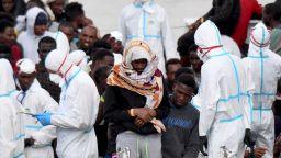 """""""Пресяват"""" мигрантите преди входа на ЕС?"""