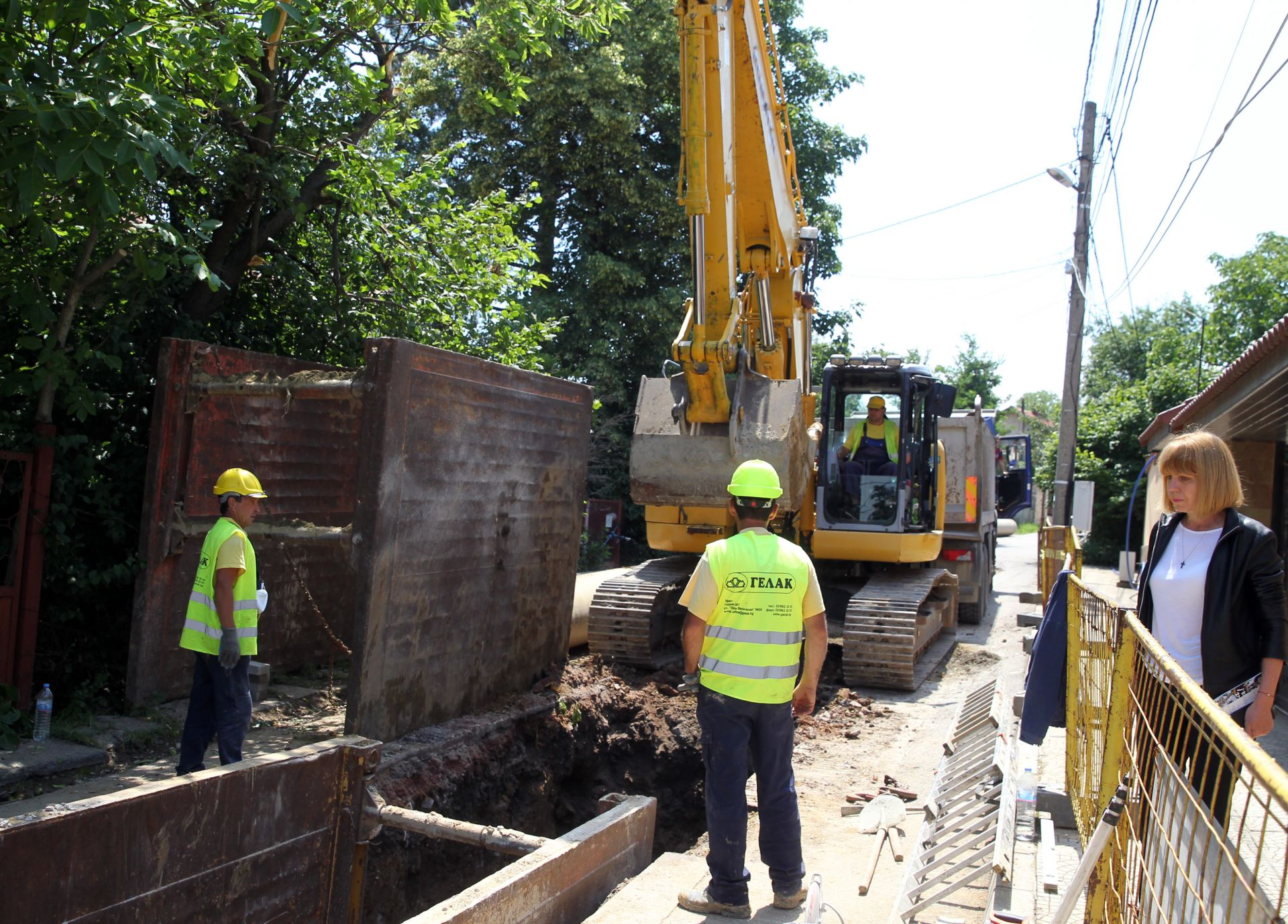 """Изграждане на канализация на улица """"Извор"""" в кв. """"Симеоново"""""""