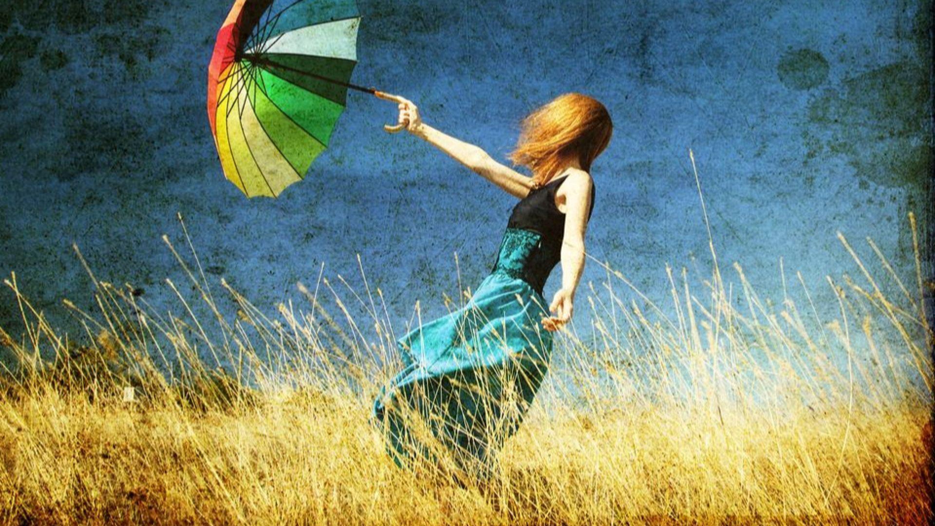 Остава топло, ветровито, с краткотраен дъжд и септемврийски температури