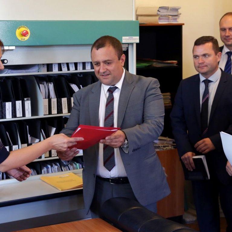 Иван Иванов, депутат от БСП