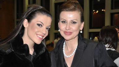 Илиана Раева: Долу ръцете от дъщеря ми! Гордея се с нея!