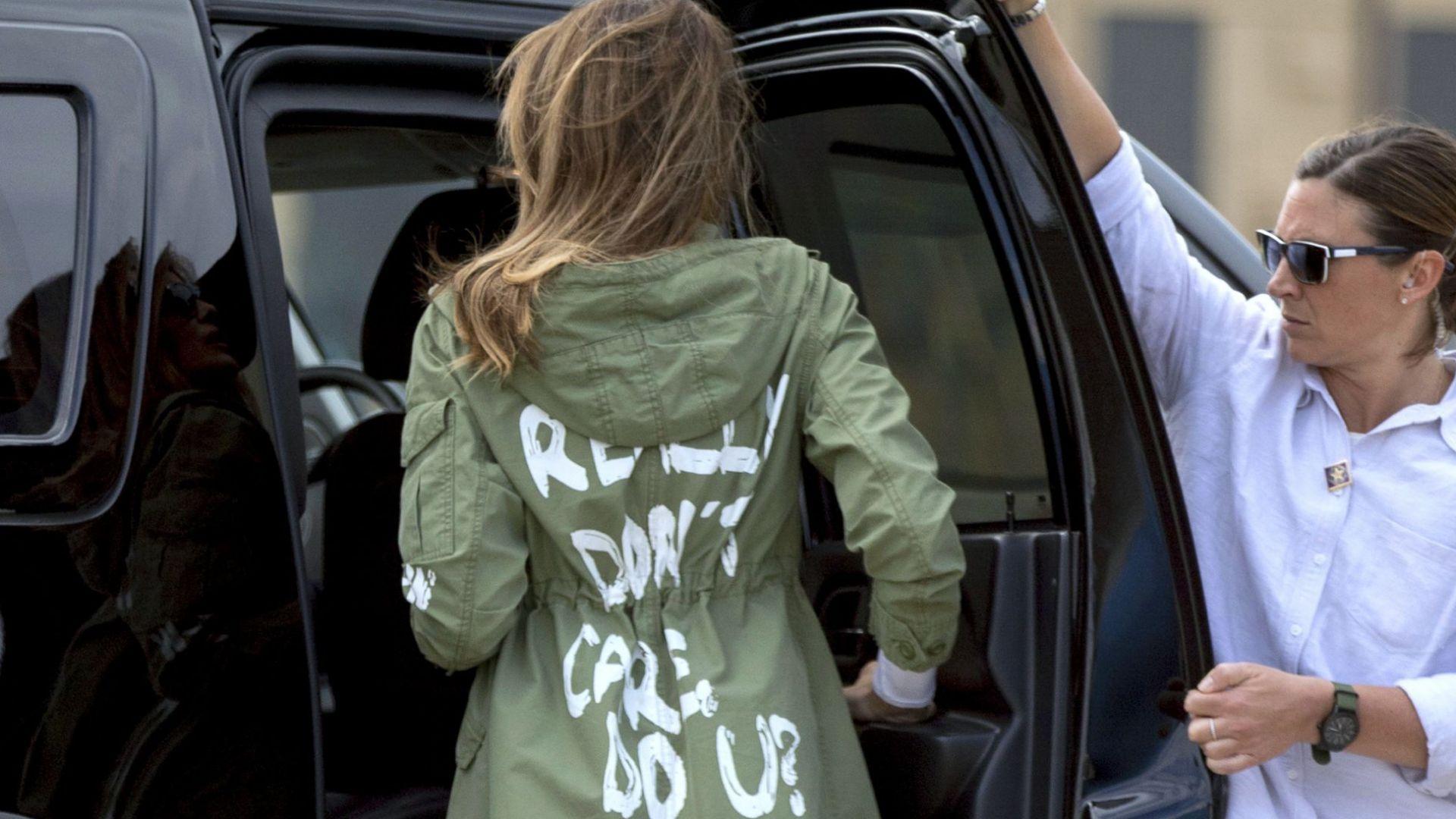 """Пентагонът приютява 20 000 деца на мигранти, Мелания с яке: """"Не ми пука"""""""