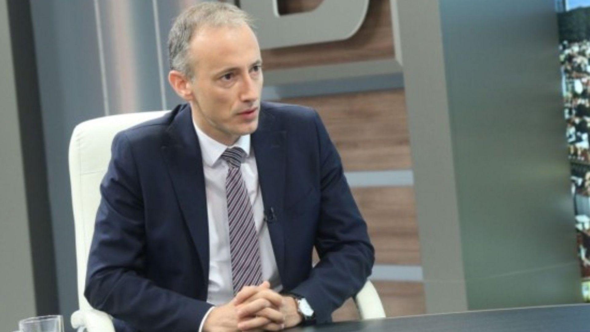 Министър: Има основания НИМХ да бъде изваден от БАН
