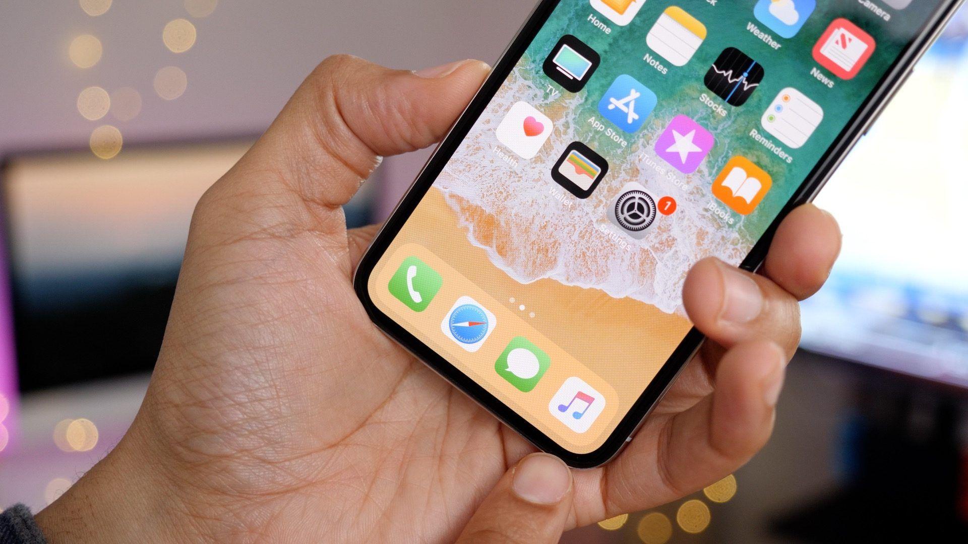 Китайски студенти измамили Apple с близо милион долара