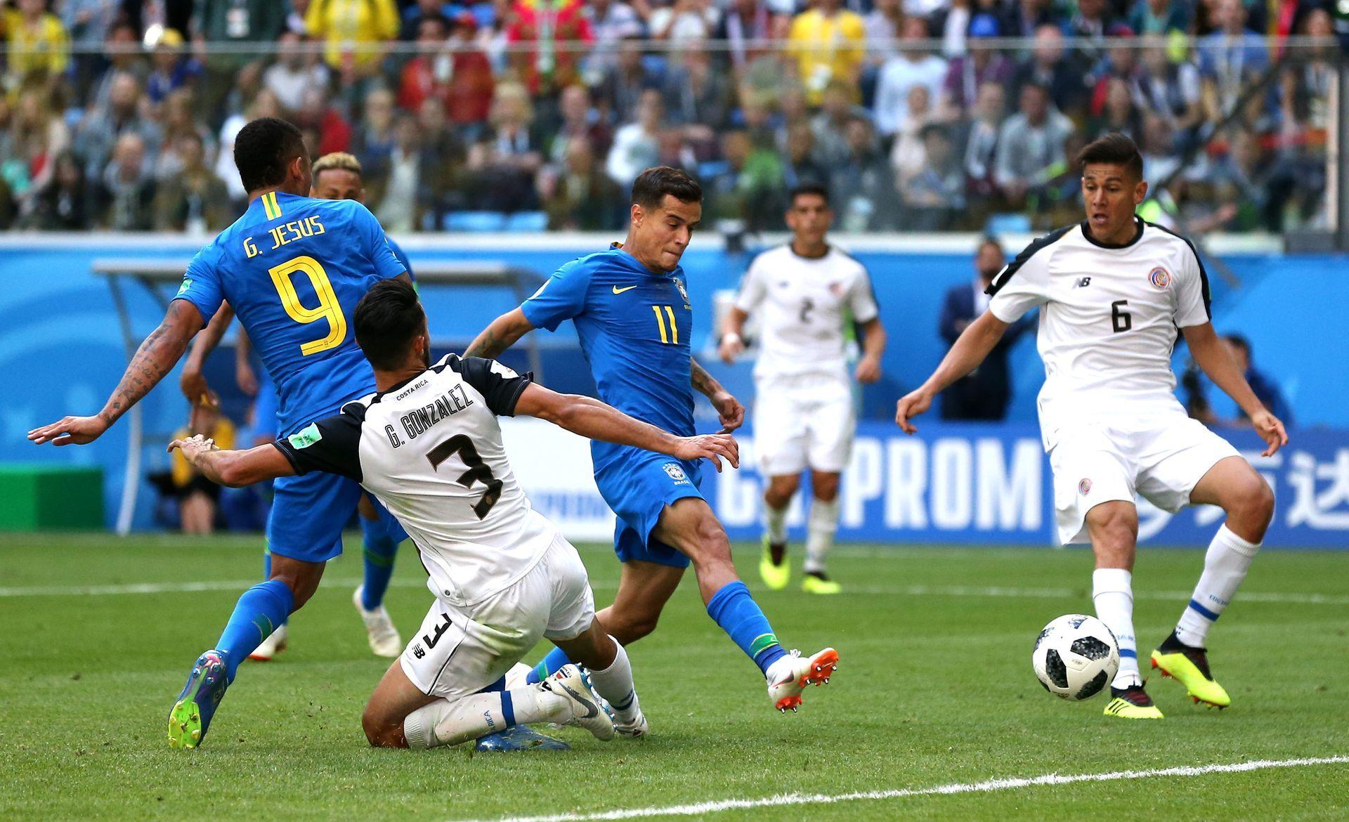 Коутиньо с гол в последната минута срещу Коста Рика