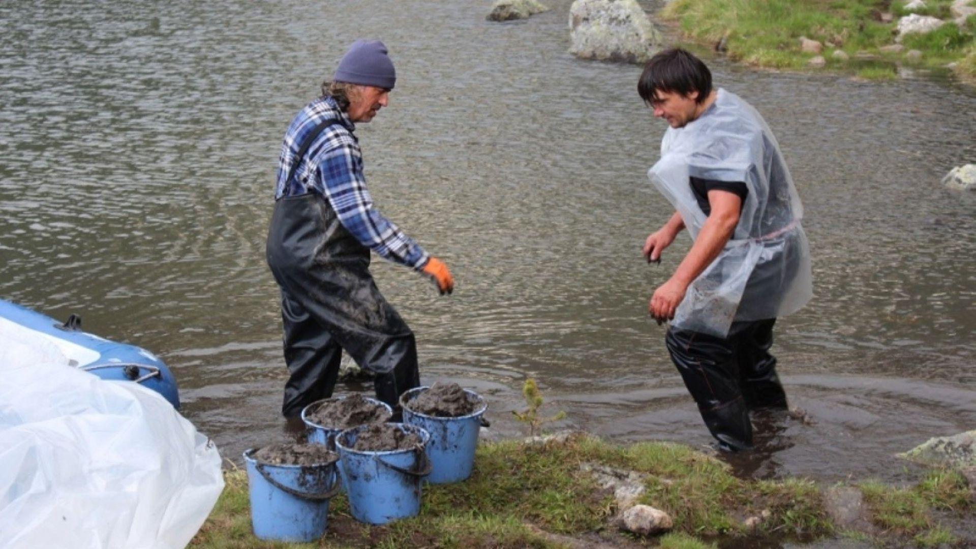 Почистване на Рибното езеро