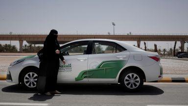 Кралски указ: Жените в Саудитска Арабия вече имат право да шофират