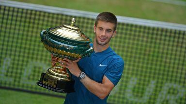 21-годишният Чорич детронира Федерер и е шампион в Хале