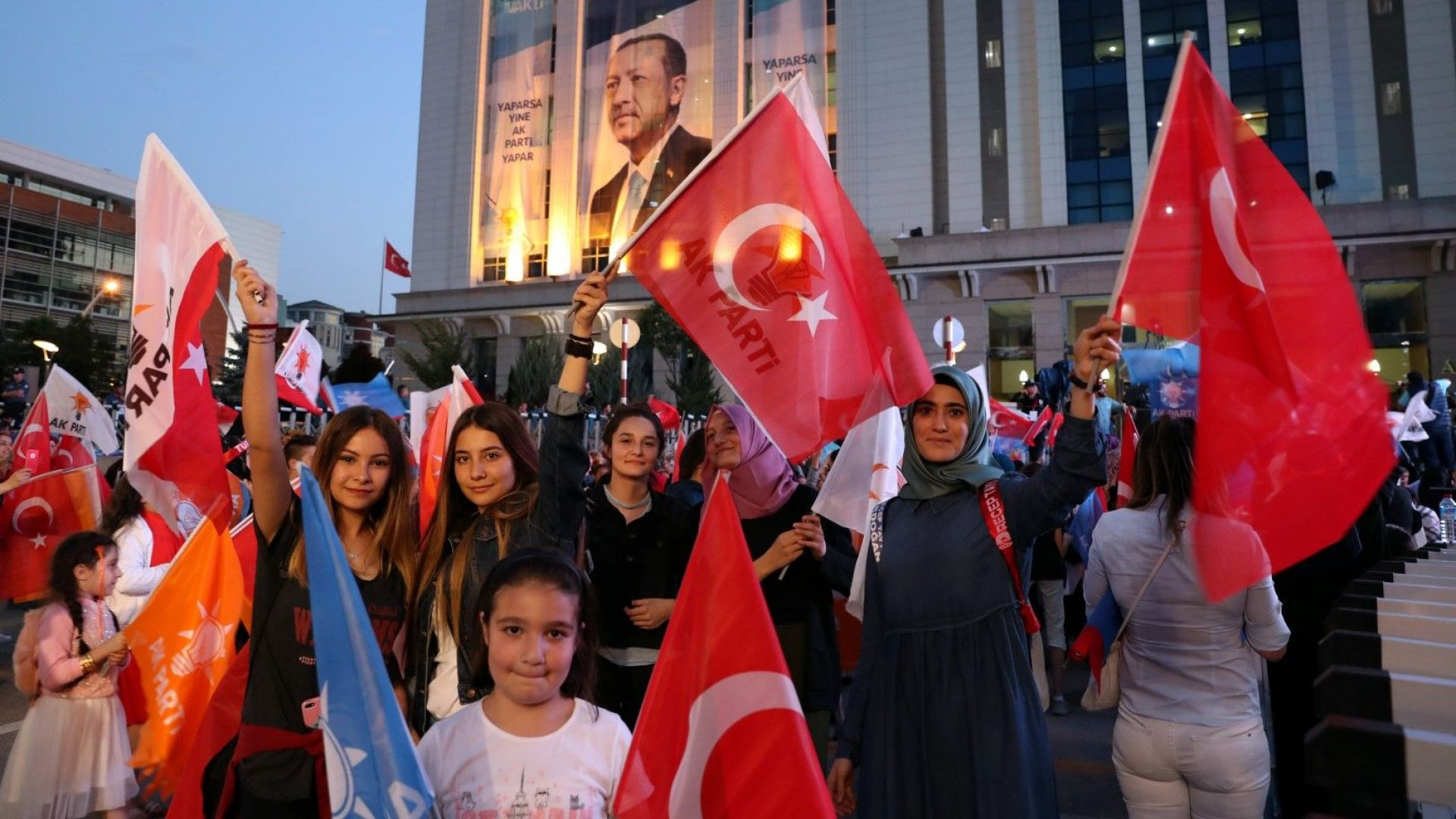 Борисов поздрави Реджеп Тайип Ердоган за изборната победа